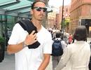 Ibrahimovic ăn mặc phong cách đến ra mắt đồng đội ở MU