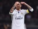 """Người hâm mộ bức xúc vì trọng tài """"cứu"""" Real Madrid lộ liễu"""