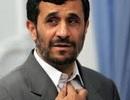 Tổng thống sắp mãn nhiệm của Iran phải hầu tòa