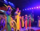 Hàng ngàn bạn trẻ Huế sôi động dự dạ hội đón chào năm mới