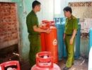Đột kích phát hiện hàng trăm bình gas lậu