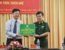 Bộ đội biên phòng trao tặng nửa tỉ đồng cho học sinh nghèo vùng sâu
