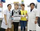 Trao hơn 57 triệu đồng cho gia đình nữ sinh lớp 9 nghèo bị lupus ban đỏ