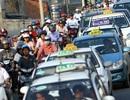"""Taxi Hà Nội: """"Nhanh nhất cũng phải 7 – 10 ngày nữa mới có giá cước mới"""""""