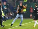 Ribery bị fan cuồng tấn công ngay trên sân
