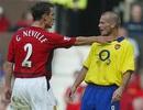 Những khoảnh khắc đặc biệt giữa MU và Arsenal