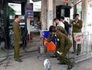 """Bắt 8 người vụ 2 cây xăng tại Hà Nội gắn chip """"móc túi"""" khách hàng"""