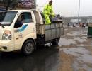 CSGT xử lý hàng trăm mét dầu loang trên quốc lộ