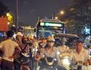 """Một làn đường Kim Mã bị """"khóa"""" khiến giao thông hỗn loạn"""