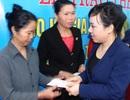 Bộ Y tế trao 4.000 thẻ bảo hiểm y tế cho phụ nữ cận nghèo