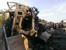 Tai nạn liên hoàn, 4 người thương vong, ô tô bốc cháy, QL1A tắc nghẽn