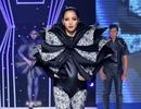 Huỳnh Bích Phương trở lại sàn diễn với phong cách cực lạ