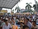 Chan hoà trong ngày Hội bia Hà Nội tại Quảng Ninh