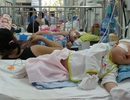 """TPHCM: Nắng """"như rang"""", trẻ nhập viện gia tăng"""
