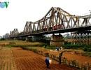 Cầu Long Biên trĩu nặng dấu ấn thời gian