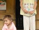 """Nhờ chuyên gia y tế tìm nguyên nhân điều trị cho 2 bé """"tí hon"""""""