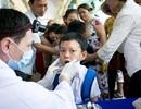 Phát bàn chải và kem đánh răng cho gần 300 trường tiểu học