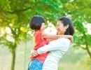 10 lý do để bạn ôm con nhiều hơn