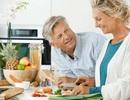 Nguyên nhân khiến người cao tuổi ăn không ngon