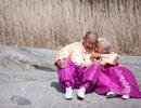 Mối tình cảm động của cặp vợ chồng già Hàn Quốc gây sốt
