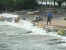 Đắp khẩn cấp đoạn đê biển xung yếu nhất TT-Huế
