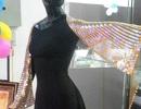 Chiếc khăn rằn làm từ gần... 2.000 chỉ vàng