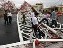 """Đổ tháp truyền hình do bão Sơn Tinh bị ăn bớt """"ba cấp gió""""!?"""