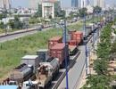 Đại lộ Đông Tây kẹt cứng vì sửa đường