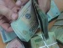 Doanh nghiệp trong và ngoài nước: Lương chênh lệch tối đa 30%