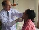 Bác sỹ Mỹ có bàn tay vàng McKay McKinnon trở lại Việt Nam