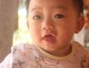 Rơi nước mắt trước hình ảnh của bé Nhân Tịnh