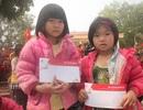 """Báo Dân trí cùng Hội cha mẹ Nhân ái mang """"Mùa đông không lạnh"""" đến bản nghèo"""
