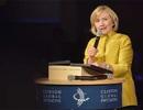 Hillary Clinton lún sâu vào các rắc rối tiền bạc