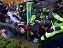 13.000 cảnh sát Hàn Quốc ngăn người biểu tình tiến đến phủ Tổng thống