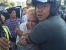 Cảnh sát Thái Lan nổ súng bắt giữ xe nữ du khách Mỹ