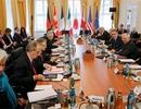 """Nợ của Hy Lạp làm """"nóng"""" Hội nghị Bộ trưởng Tài chính G7"""