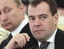 Tổng thống và Thủ tướng Nga cắt giảm lương
