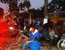 Tờ mờ sáng đi mua cá chép tiễn Táo quân