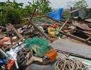TP HCM: Gần 300 căn nhà bị lốc xoáy đánh sập, bay mái