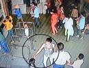 Bé gái 6 tuổi bị bắt cóc ra khỏi BV Nhi Đồng 1 như thế nào?