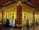 Lung linh đền thờ dát vàng độc nhất tại Việt Nam