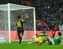 Dortmund hủy diệt Bremen, Bayern Munich thắng nhọc Nurnberg