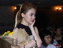Giang Hồng Ngọc khóc vì fan