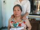 Trao 13 triệu đồng đến gia đình có mẹ bạo bệnh, con bán bánh nuôi mẹ
