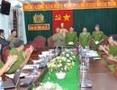 Thưởng nóng các chiến sỹ phá án vụ giết gia đình cựu quân nhân