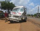 Hai ô tô tông nhau trực diện, 6 người thương vong