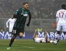"""Sao trẻ 19 tuổi """"nã"""" 4 bàn thắng vào lưới AC Milan"""