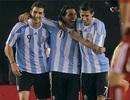 Argentina đè bẹp Canada, Maradona trút bỏ sức ép