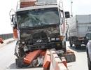 Xe tải mất phanh húc xe bồn, tắc đường 2 tiếng