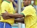 """Bị """"đuổi"""" về quê, Adriano cùng Ronaldo… đi nhậu"""